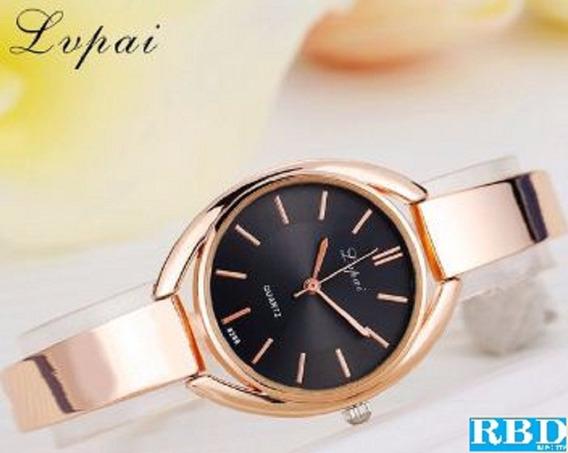 Relógio Feminino Oval Lupai Dourado Com Fundo Preto