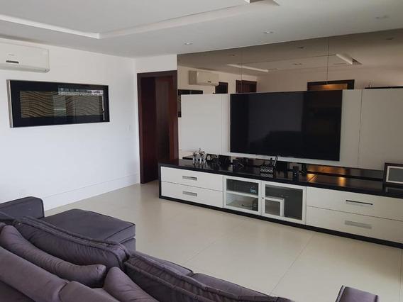 Águas Claras - Rua Babaçu - Villa114203