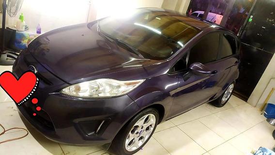 Ford Fiesta Kinetic Design 1.6 Sedan S Plus 120cv 2013