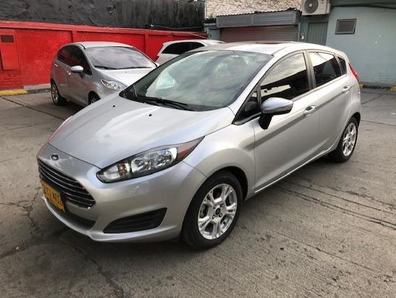 Ford Fista Titanium 2014