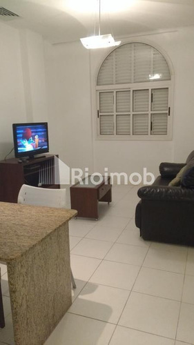 Imagem 1 de 6 de Flat/aparthotel - Ref: 0167