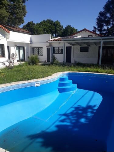 Venta De Casa 3 Dormitorios En City Bell, La Plata