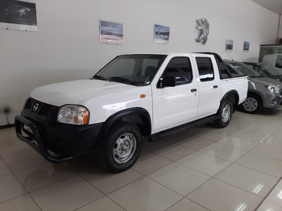 Nissan Frontier 2.4 Nafta Doble Cabina