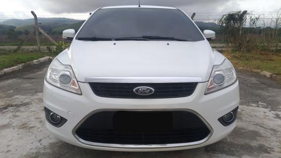 Ford Focus 2.0 Titanium At Hatch 16v Flex 5p