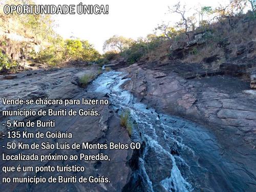 Chácara Para Lazer Ao Lado Do Paredão. Belissima Cachoeira