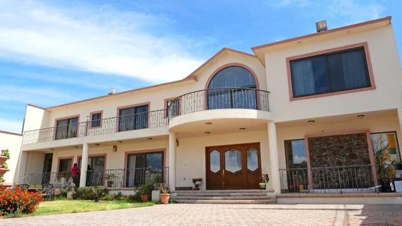 Increible Casa Con Alberca