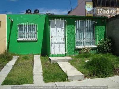 Casa Sola En Venta Villas Del Monte