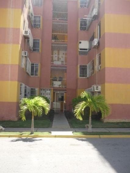 Apartamento Piso 2 Av. Carúpano, Villa Cristóbal Colon