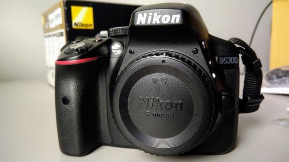 Câmera Nikon D5300 (corpo), 4.2k Clicks, Excelente Estado!