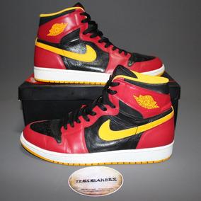 Tênis Air Jordan 1 Retro High Human Highlight (555088-017)