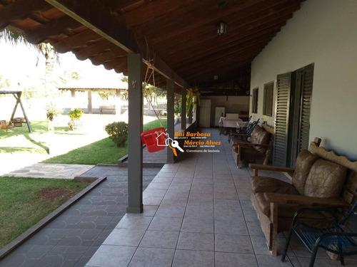 Chácara Estância Favoretto Com 3 Dormitórios Sendo 1 Suíte - Ch0004