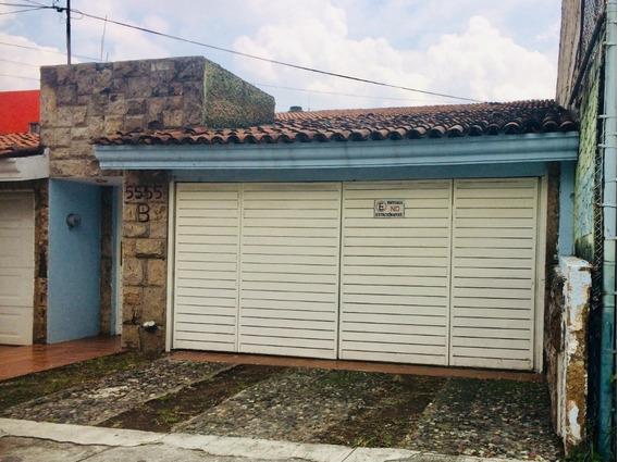 Casa En Venta En Arboledas,zapopan.