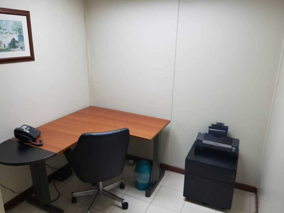 Se Alquila Oficina/cubiculo 9m2 Chuao