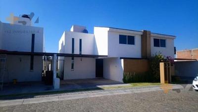 Casa En Venta Fraccionamiento Quinta De Cortes, Zerezotla