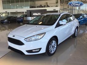 Ford Focus Sedan 1.6 S #30