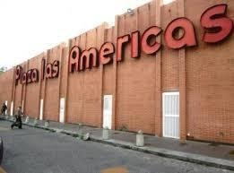 Local Plaza Las Américas Mls #19-15355