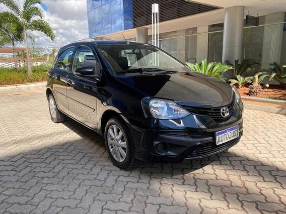 Toyota Etios X Plus 1.5 Flex 16v 5p Mec.