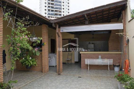 Casa Com 3 Dormitórios Sendo 1 Suíte À Venda, No Centro ,226 M² Por R$ 670.000 - Centro - Rio Claro/sp - Ca0426
