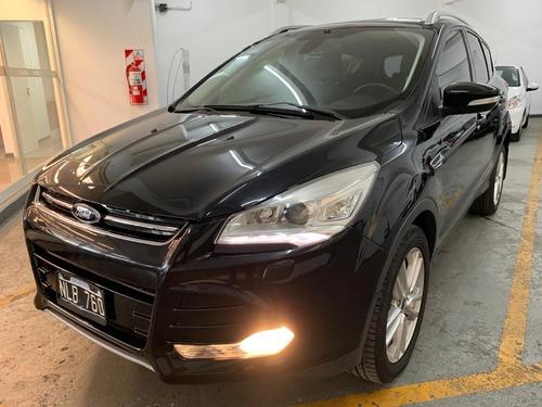 Ford Kuga Titanium 1.6t 6a/t Awd Inmaculada, Sin Detalles
