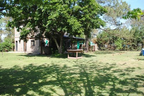 Casa  En Venta En Roldan  Centro Gran Jardin.