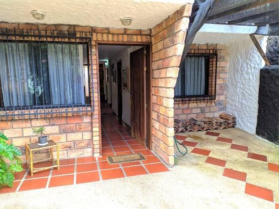 Casa En Villa Educador Chorro El Indio