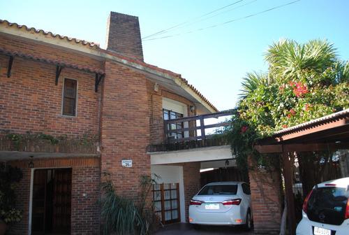 Hermosa Casa Ph En La Mejor  Ubicación De Barra De Carrasco
