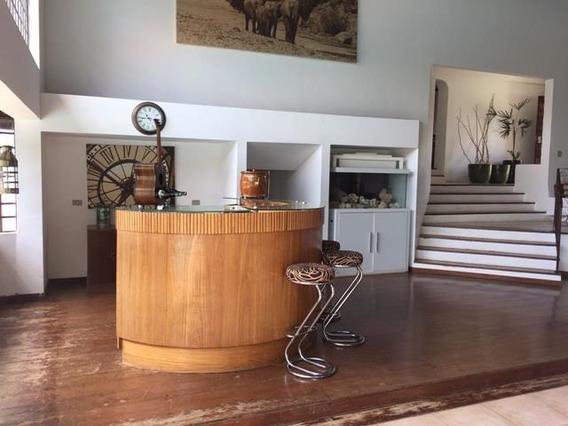 Chácara De Alto Padrão Em Condomínio Fechado-cód.301