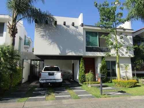 Casa En Renta, Fraccionamiento Valle Real