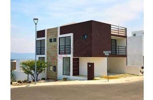 Casa En Renta Zibata Queretaro