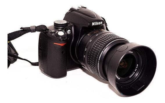 Nikon D5000 + Lente 18-55 E Acessórios