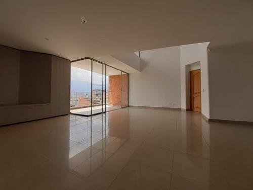 Apartamento En Arriendo Laureles 622-16264