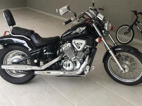 Moto Honda Shadow 600cc Preta