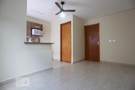 Casa Para Aluguel - Jardim Éster Yolanda, 1 Quarto, 21 - 892981078