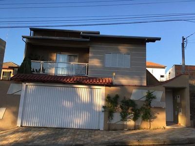 Casa Com 4 Quartos Para Comprar No Parque Primavera Em Poços De Caldas/mg - 2176