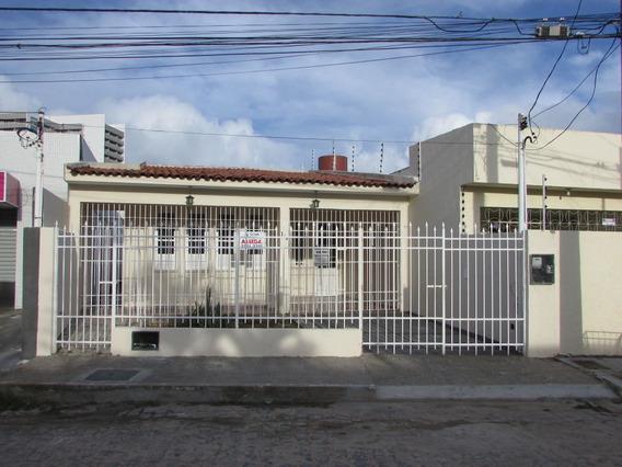 Casa No Bairro Grageru Com 180m². - Cp5602