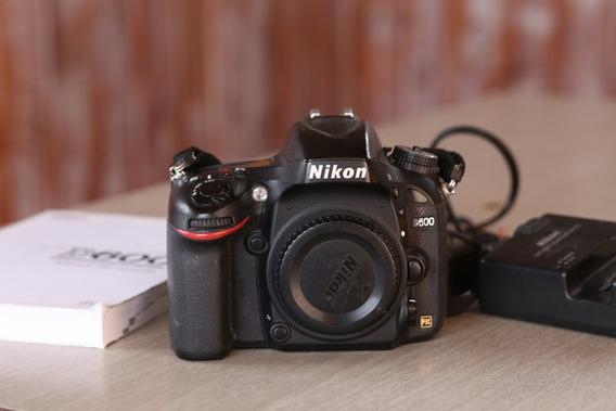 Liquido! Cámara Nikon D600 Muy Buen Estado