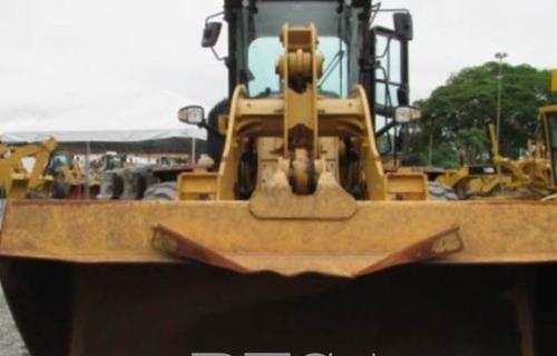 Pá Carregadeira Cat Modelo: 924k  Ano 2014