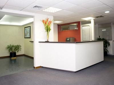 Oficina En Teleport Business Park Para Más 6+ Pers.