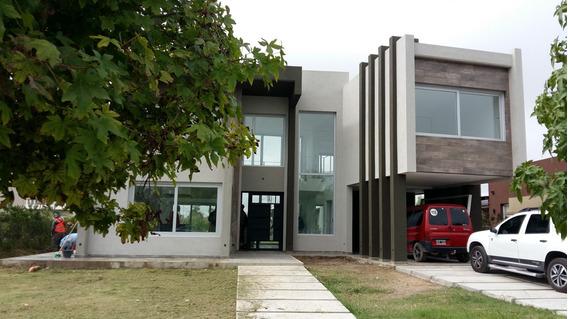 Venta Casa S. Cabral 5800 Los Naranjos A Estrenar