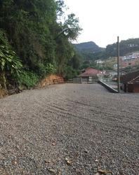 Terreno C/casa Madeira,3 Quartos,sala, Cozinha,bwc E Garagem