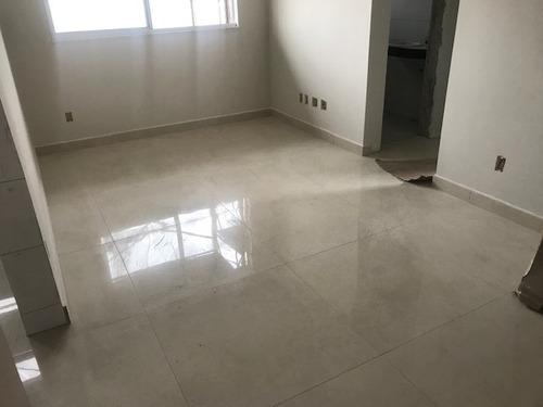 Apartamento 02 Quartos Com Suíte, Elevador, 02 Vagas - Ch5167