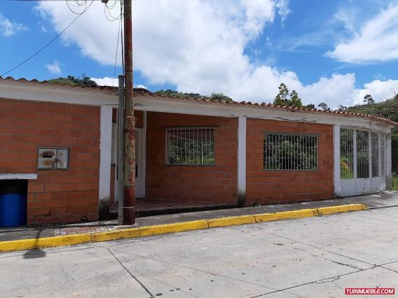 Venta De Casa En Los Teques Urb. Valle Alto Rz