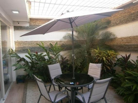 Apartamento En Venta El Parral Valencia 20-11751 Valgo