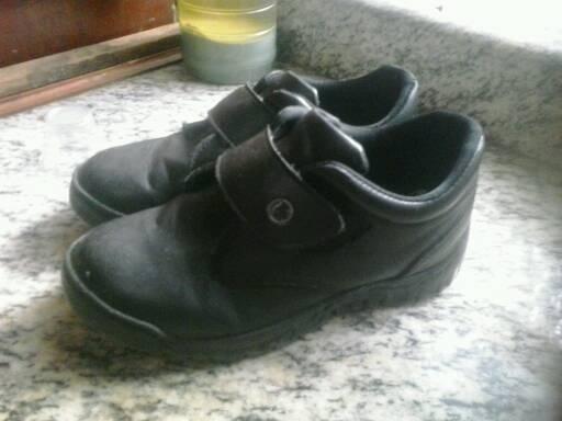 Zapatos Colegiales Talla 32