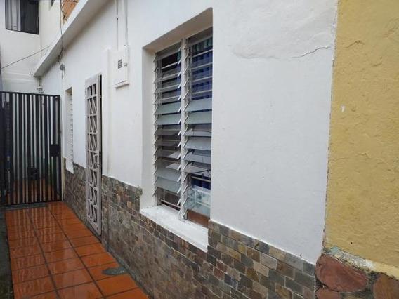Casa En Venta Centro Barquisimeto Lara 20-12400
