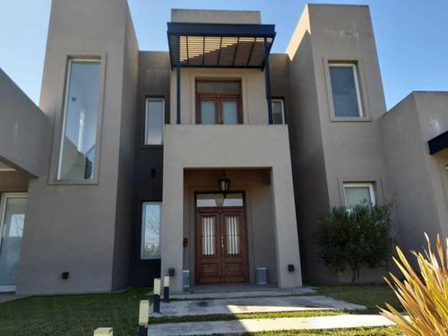 Hermosa Casa Barrio Privado Fincas Del Alba Canning 4 Dormit