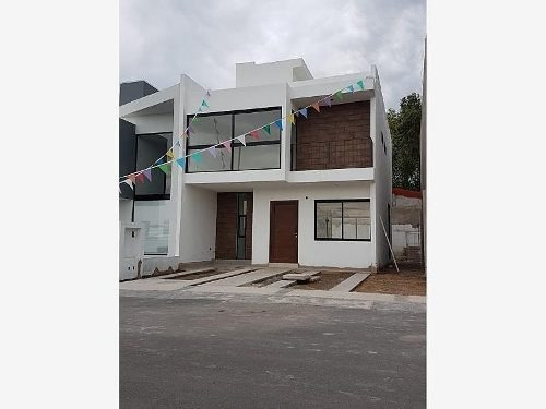 * Hermosa Casa En Venta En Villas Del Roble Corregidora !!