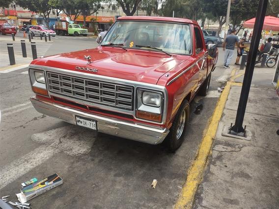 Dodge D 150 Pick Up