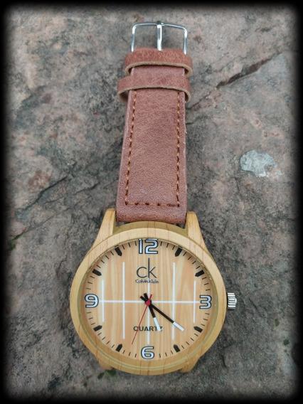 Relógio Ck Madeira