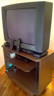 Televisor Toshiba 29 Pulgadas Con Mueble Y Conv. De Canales)